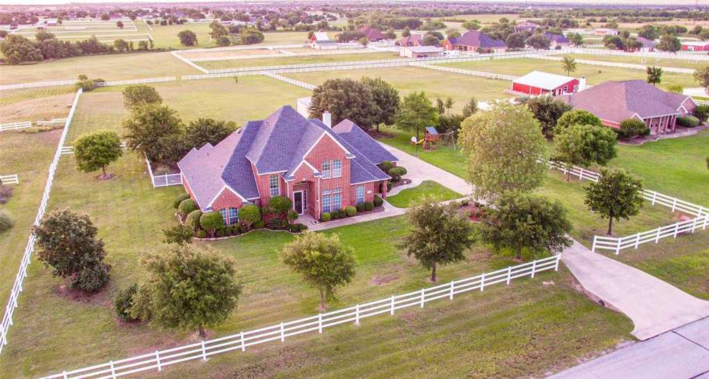 $535,000 - 4Br/3Ba -  for Sale in Fossil Creek Estates Add, Fort Worth