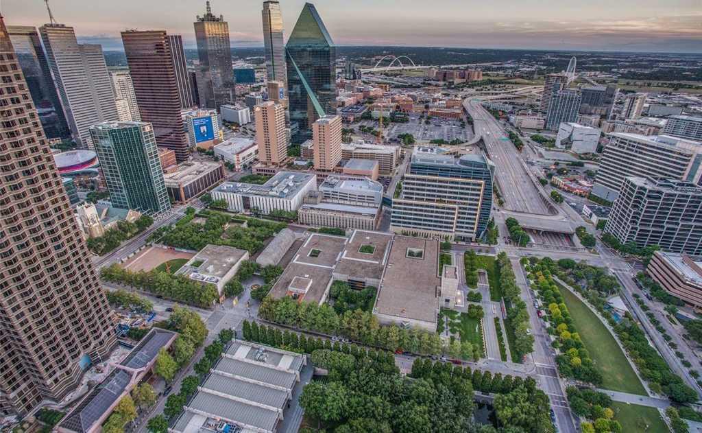 $5,995,000 - 3Br/4Ba -  for Sale in Museum Tower Condo, Dallas