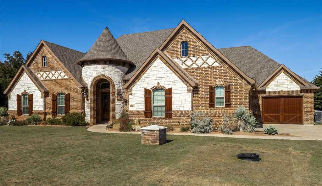 $659,000 - 4Br/3Ba -  for Sale in Orchards The, Fort Worth