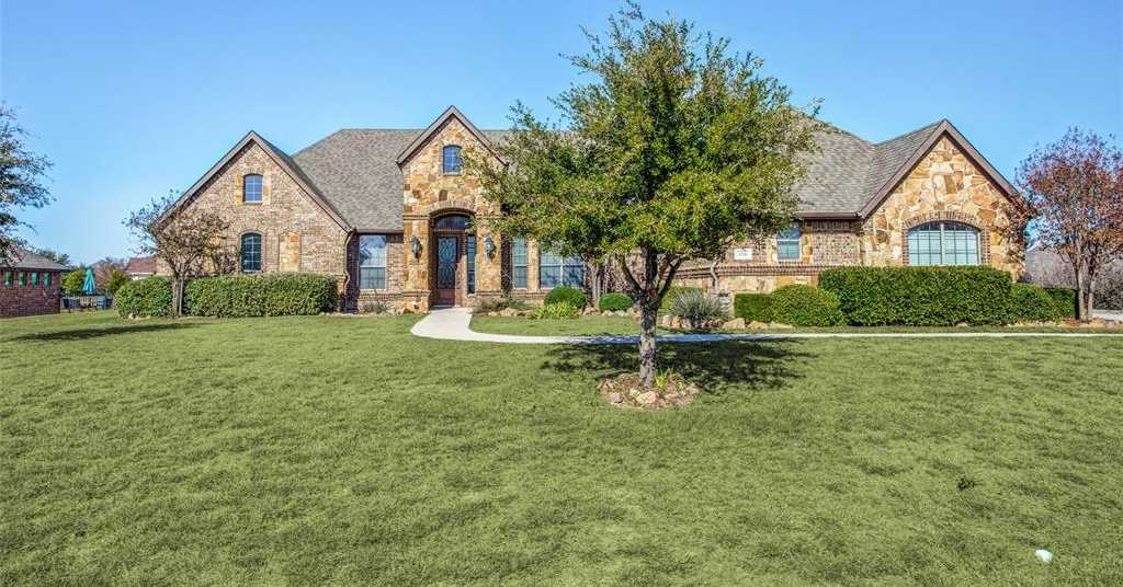 $407,950 - 4Br/4Ba -  for Sale in Lago Vista At Bonds Ranch Add, Fort Worth