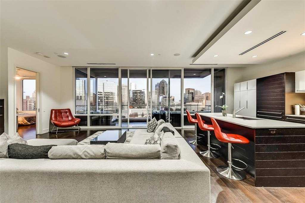 $780,000 - 2Br/3Ba -  for Sale in South Tower Residences, Dallas