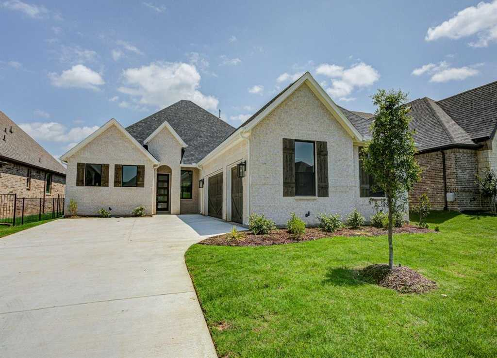 $398,900 - 3Br/2Ba -  for Sale in Resort On Eagle Mountain Lake, Fort Worth