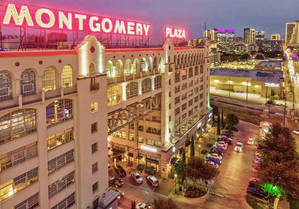$594,900 - 2Br/3Ba -  for Sale in One Montgomery Plaza Residence Condo, Fort Worth