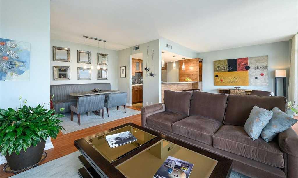 $321,000 - 2Br/2Ba -  for Sale in Preston Tower Condo, Dallas