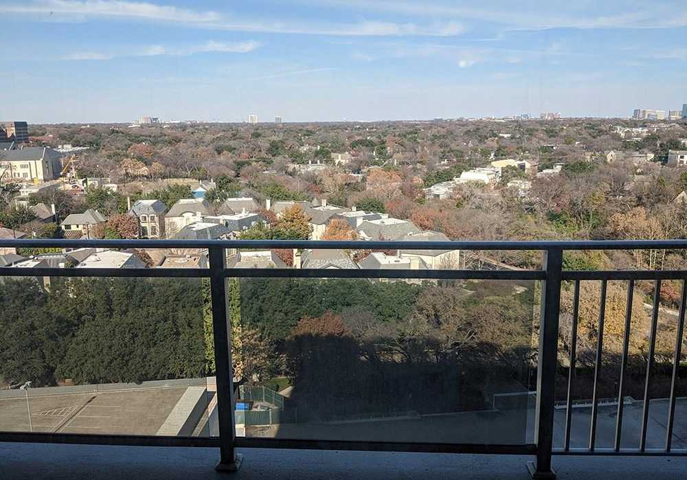 $179,500 - 1Br/1Ba -  for Sale in Twenty-one Turtle Creek Condo, Dallas