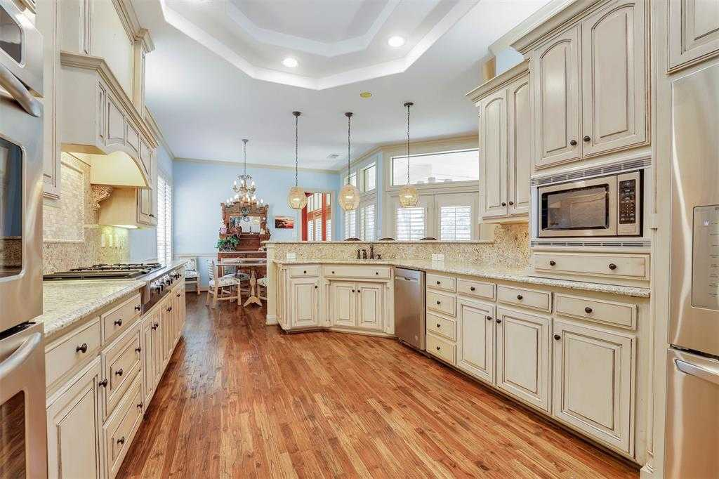 $675,000 - 3Br/3Ba -  for Sale in River Park Add, Fort Worth