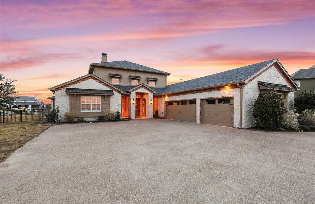 $925,000 - 4Br/4Ba -  for Sale in Resort On Eagle Mountain Lake, Fort Worth