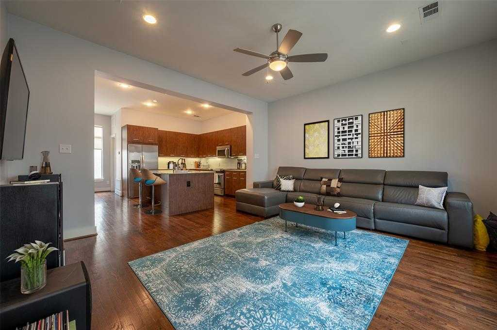 $369,000 - 2Br/3Ba -  for Sale in The Reserve At Ut Southwestern Condos, Dallas