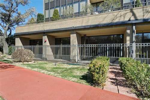 $449,000 - 2Br/2Ba -  for Sale in Bonaventure Condo, Dallas