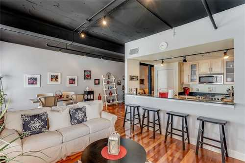 $320,000 - 1Br/1Ba -  for Sale in Houston Place Lofts Condo, Fort Worth