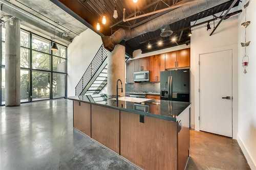 $475,000 - 1Br/2Ba -  for Sale in 588 Condos, Dallas