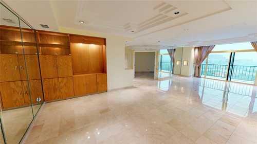 $525,000 - 3Br/3Ba -  for Sale in Bonaventure Condo, Dallas