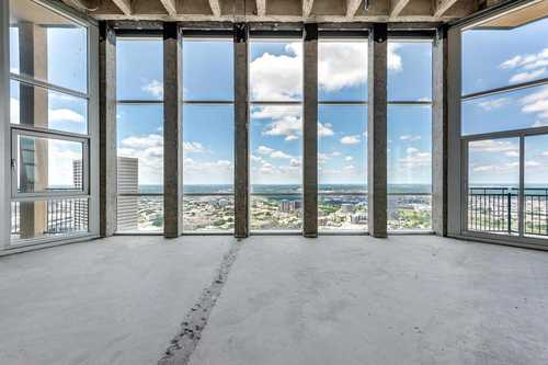 $695,000 - 3Br/3Ba -  for Sale in Tower Residential Condo I, Fort Worth