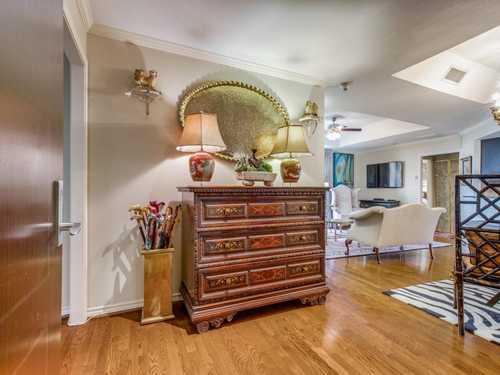 $625,000 - 2Br/2Ba -  for Sale in Shelton Condo, Dallas