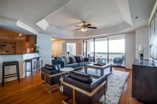 $795,000 - 3Br/3Ba -  for Sale in Shelton Condo, Dallas