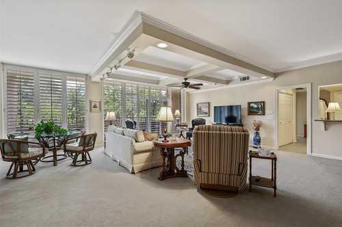 $380,000 - 2Br/2Ba -  for Sale in Bonaventure Condo, Dallas
