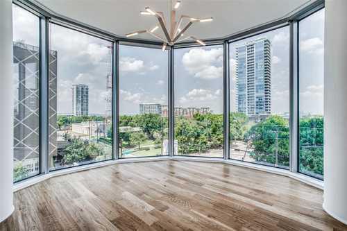 $625,000 - 2Br/3Ba -  for Sale in Azure Condo, Dallas