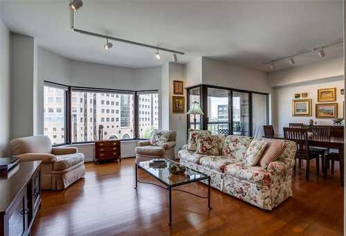 $349,000 - 2Br/2Ba -  for Sale in La Tour Condominiums, Dallas