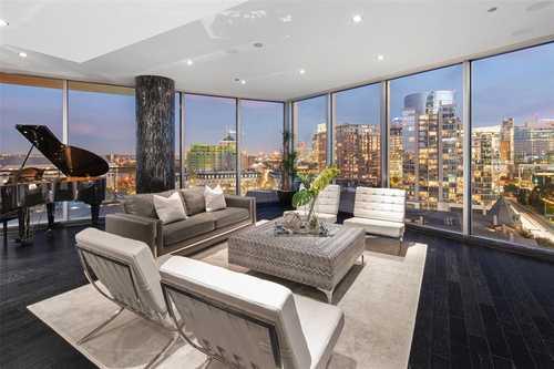 $1,874,000 - 3Br/4Ba -  for Sale in Azure Condo, Dallas