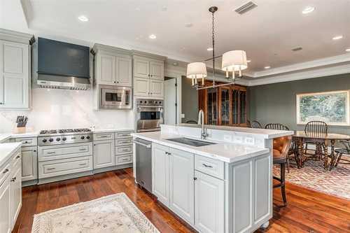 $774,900 - 2Br/3Ba -  for Sale in Villa De Leon Condo, Fort Worth