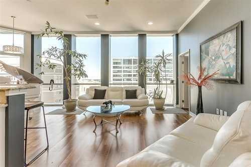 $515,000 - 2Br/3Ba -  for Sale in Tower Residential Ii Condo, Fort Worth