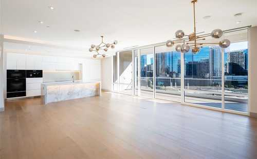 $999,999 - 2Br/3Ba -  for Sale in South Tower Residences, Dallas