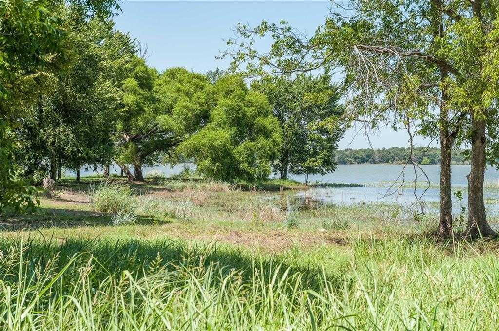 $399,900 - Br/Ba -  for Sale in Admirals Point Add, Fort Worth