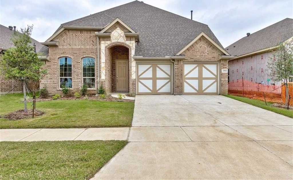 $369,120 - 5Br/3Ba -  for Sale in Cambridge Place, North Richland Hills