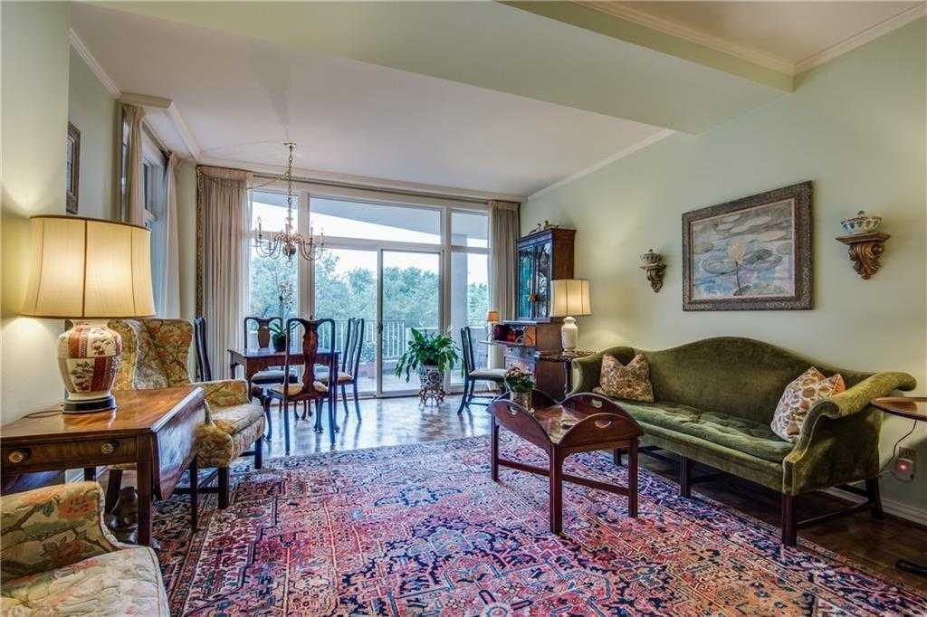 $865,000 - 3Br/3Ba -  for Sale in Park Plaza Condo, Highland Park