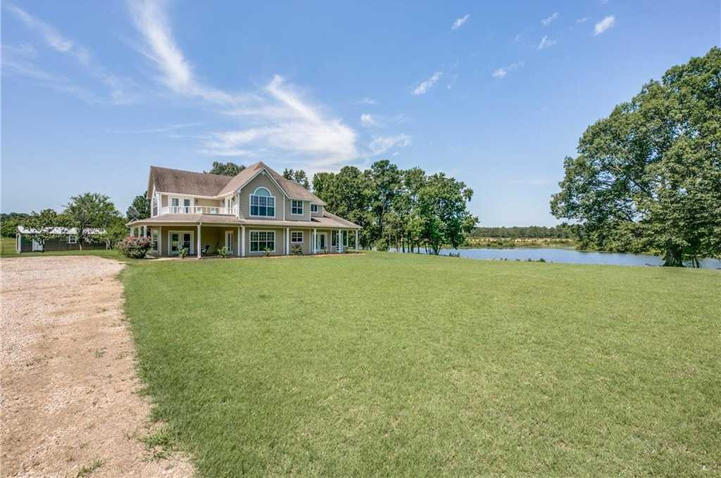 $800,000 - 4Br/4Ba -  for Sale in None, Scroggins