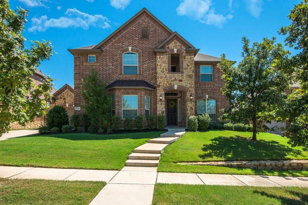 $499,900 - 4Br/4Ba -  for Sale in Heritage Add, Fort Worth