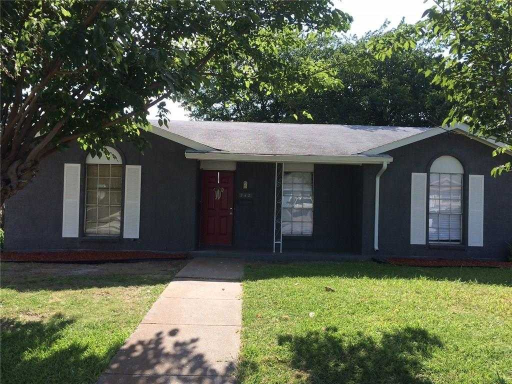 $137,900 - 4Br/2Ba -  for Sale in Tyre Estates Add, Grand Prairie