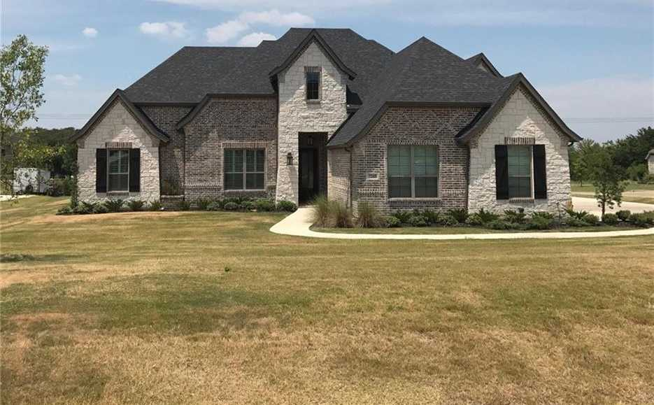 $485,000 - 4Br/3Ba -  for Sale in Cabot Estates, Mansfield