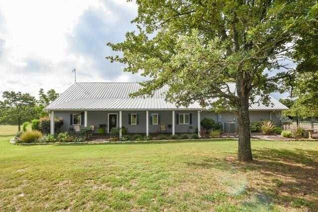 $599,900 - 4Br/5Ba -  for Sale in Abst 863 Tr 35 Wallace, Cleburne