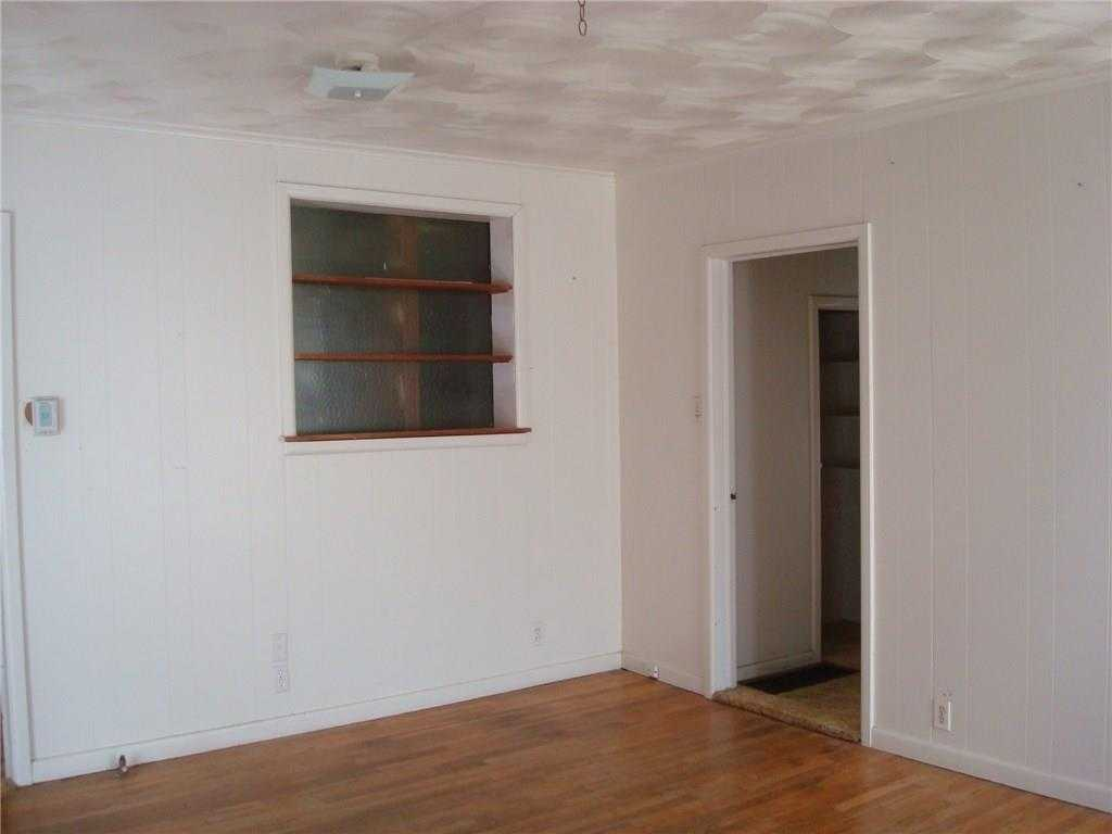 - 2Br/2Ba -  for Sale in Mansfield City Of, Mansfield