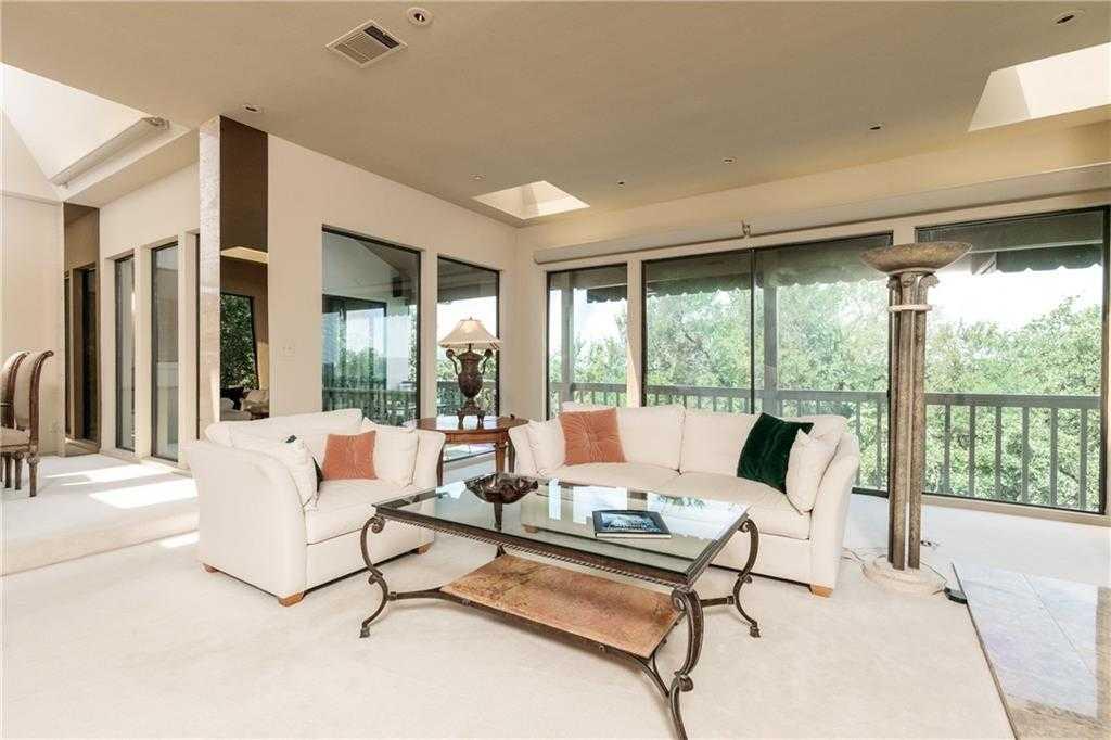 $474,900 - 3Br/3Ba -  for Sale in Interlochen Estates Add, Arlington