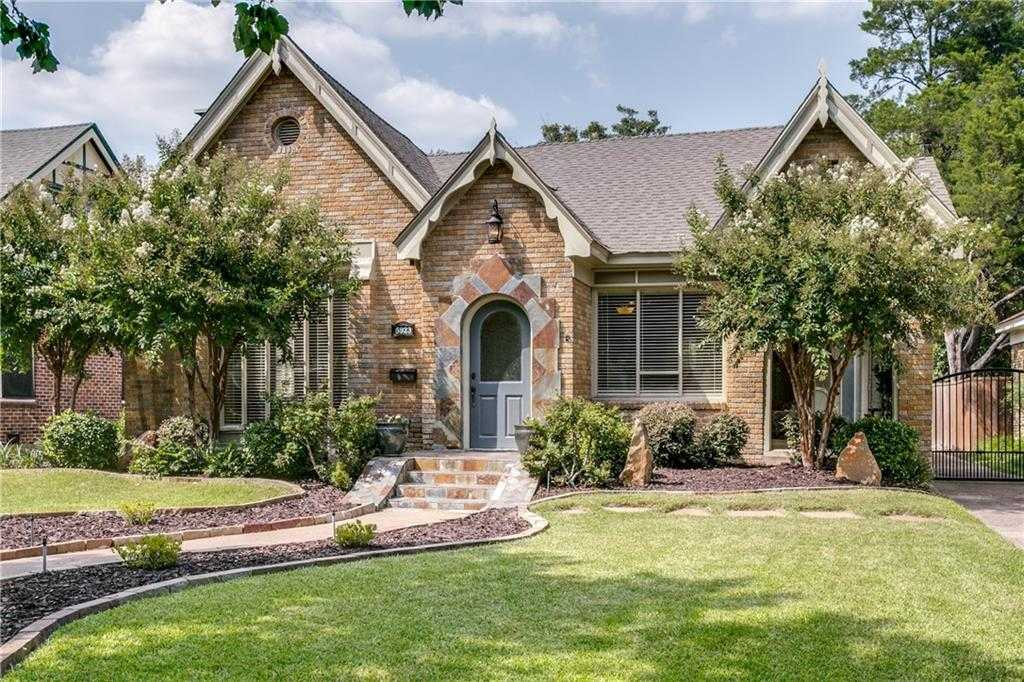 $569,900 - 3Br/2Ba -  for Sale in Greenville Crest Add 02, Dallas
