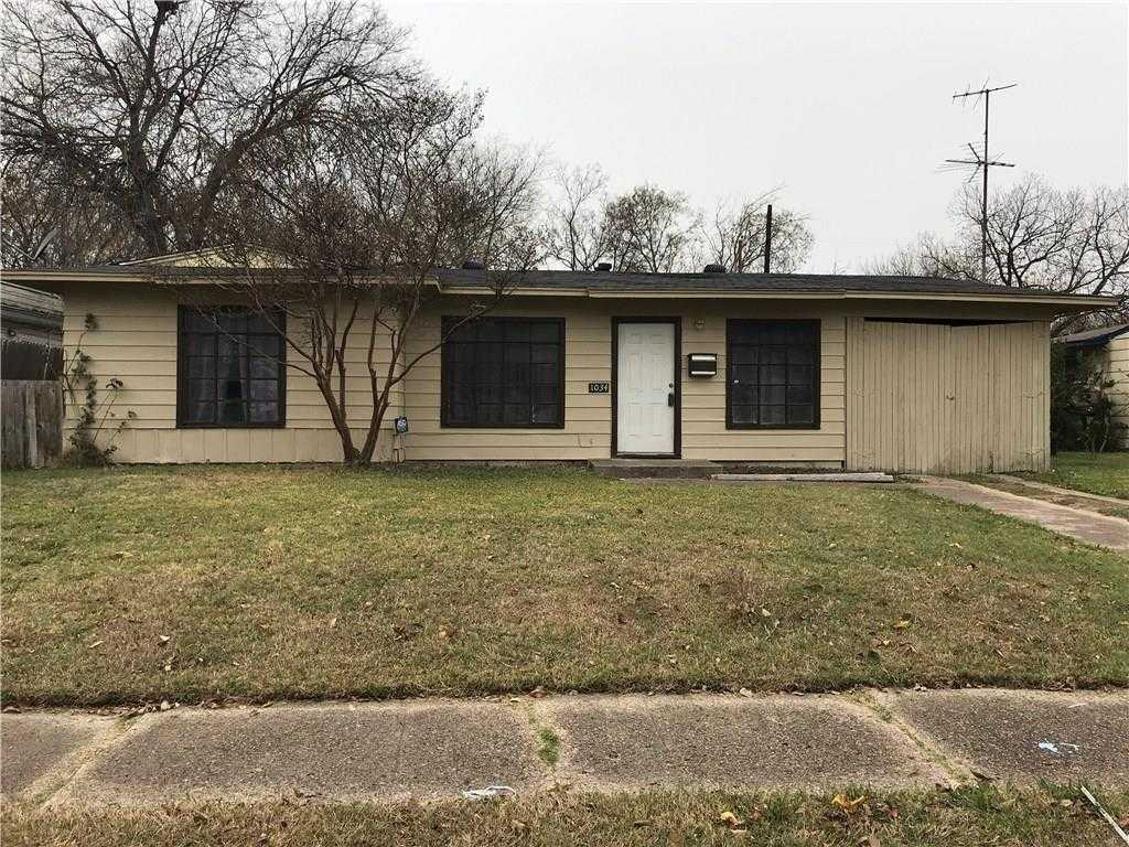 $130,000 - 3Br/1Ba -  for Sale in Indian Hills Park, Grand Prairie