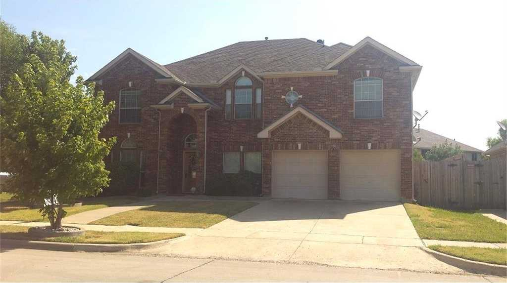 - 5Br/5Ba -  for Sale in Villages At Spring Lake The, Mansfield