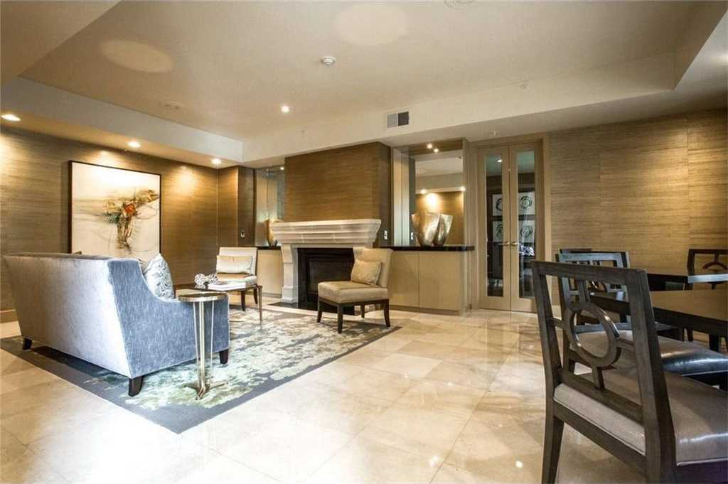 $299,000 - 2Br/2Ba -  for Sale in Renaissance On Turtle Creek Condo, Dallas