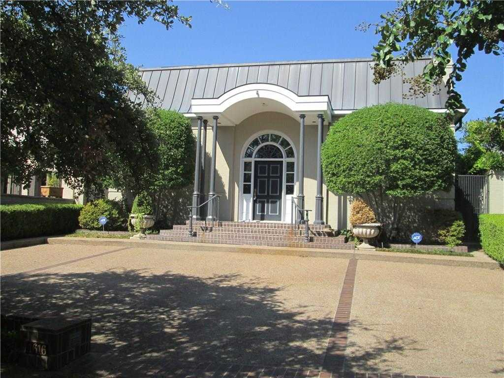 - 4Br/4Ba -  for Sale in Hillcrest Add Fort Worth, Fort Worth
