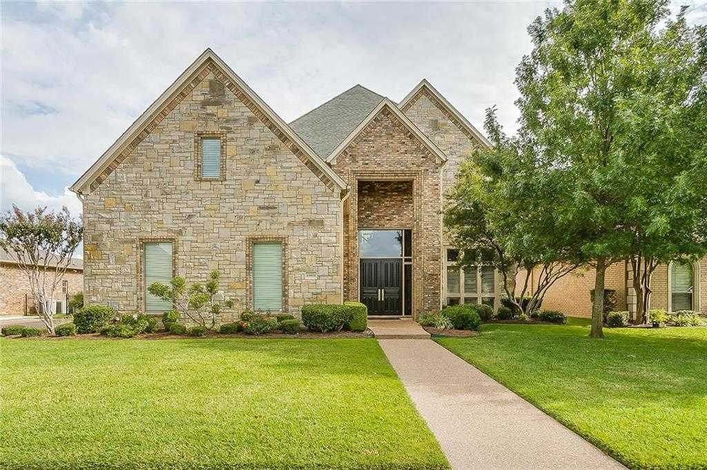 $499,900 - 4Br/4Ba -  for Sale in Thomas Crossing Add, Fort Worth