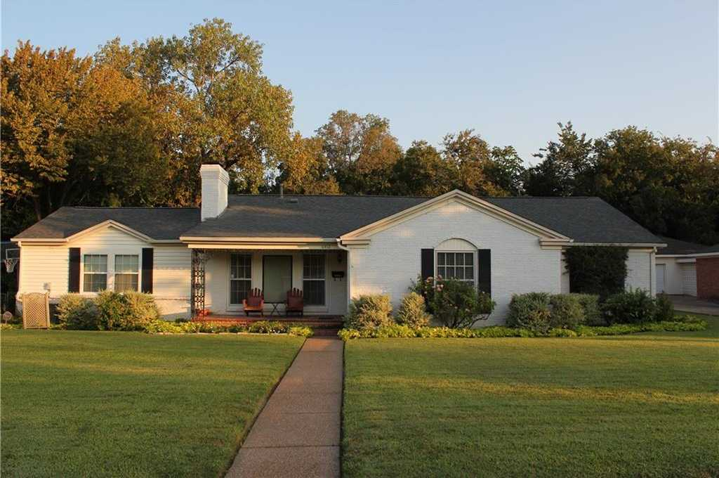 $369,000 - 4Br/3Ba -  for Sale in Ridglea Hi;;s Add, Fort Worth