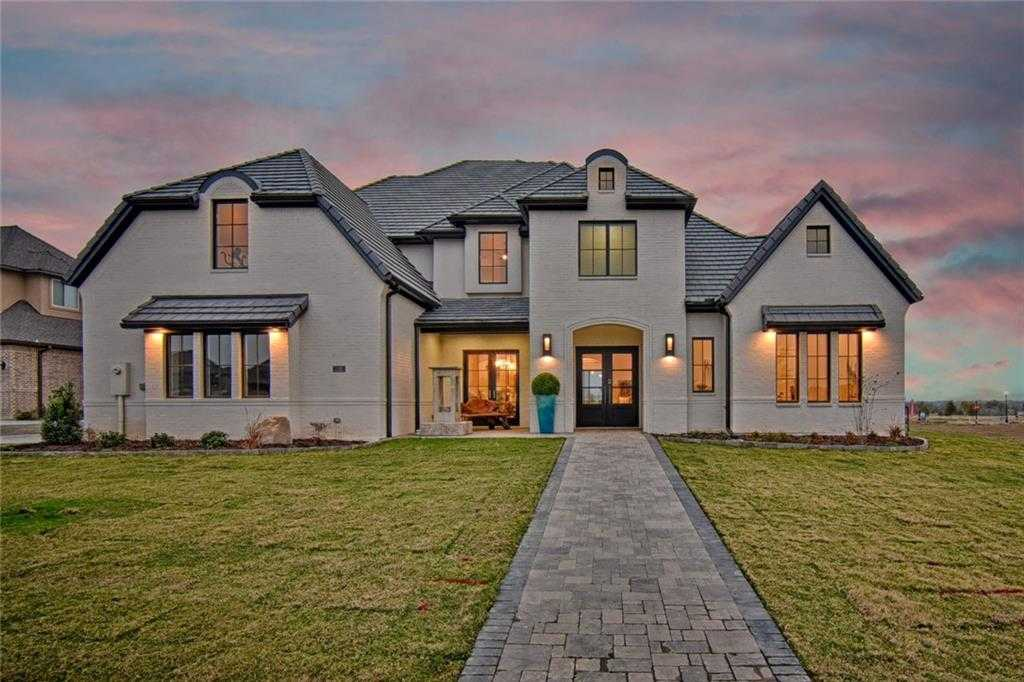 $1,299,000 - 5Br/5Ba -  for Sale in South Pointe Ph1b, Mansfield
