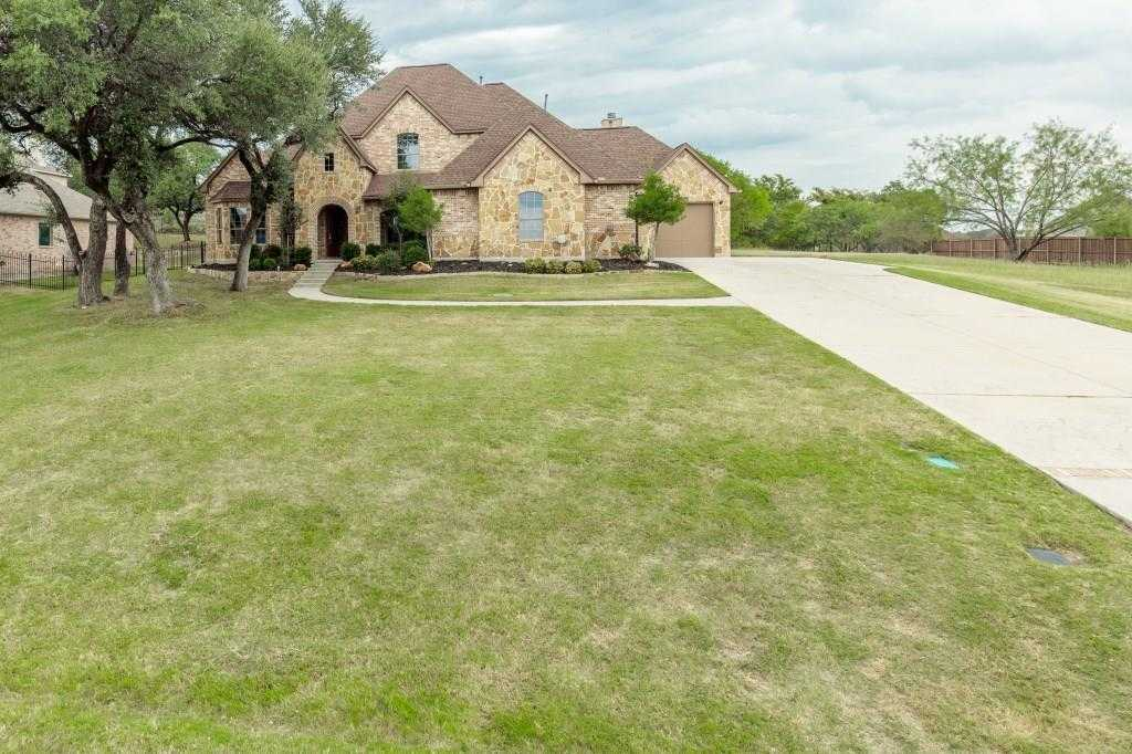 $500,000 - 4Br/4Ba -  for Sale in Resort On Eagle Mountain Lake, Fort Worth