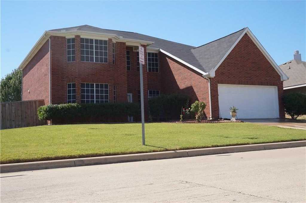 $250,000 - 4Br/3Ba -  for Sale in Fossil Park Add, Fort Worth
