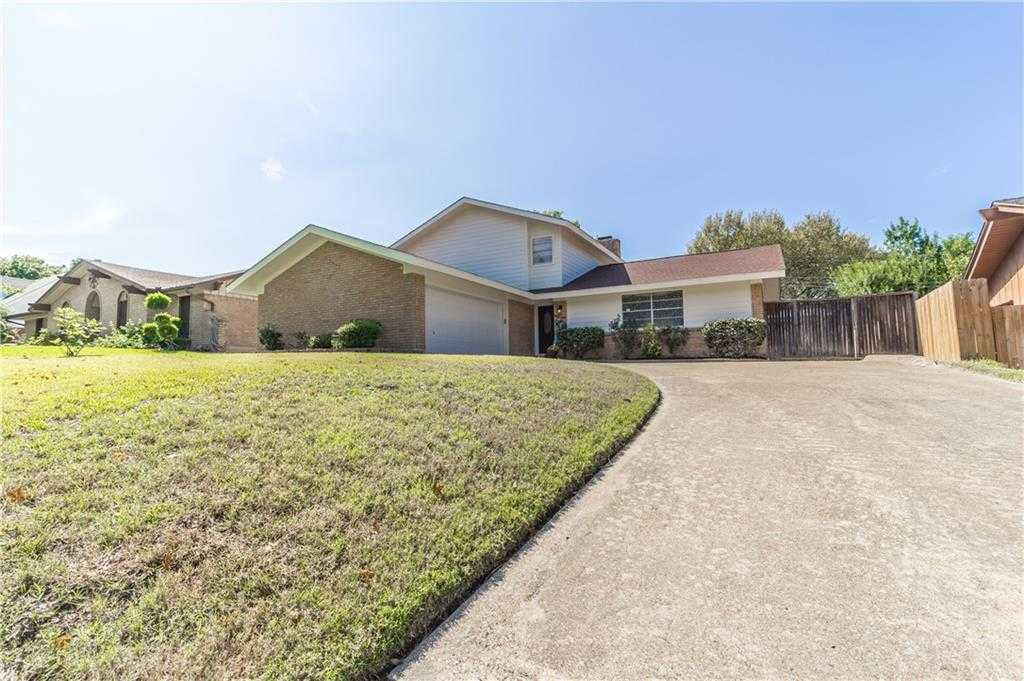 $250,000 - 4Br/2Ba -  for Sale in Esquire Manor, Grand Prairie