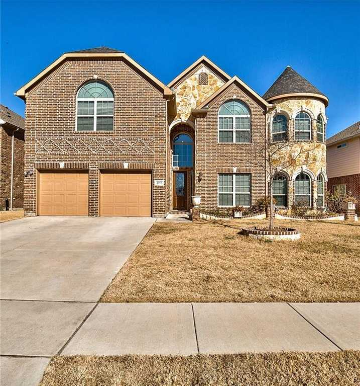 $459,900 - 5Br/4Ba -  for Sale in Mira Lagos G 2, Grand Prairie