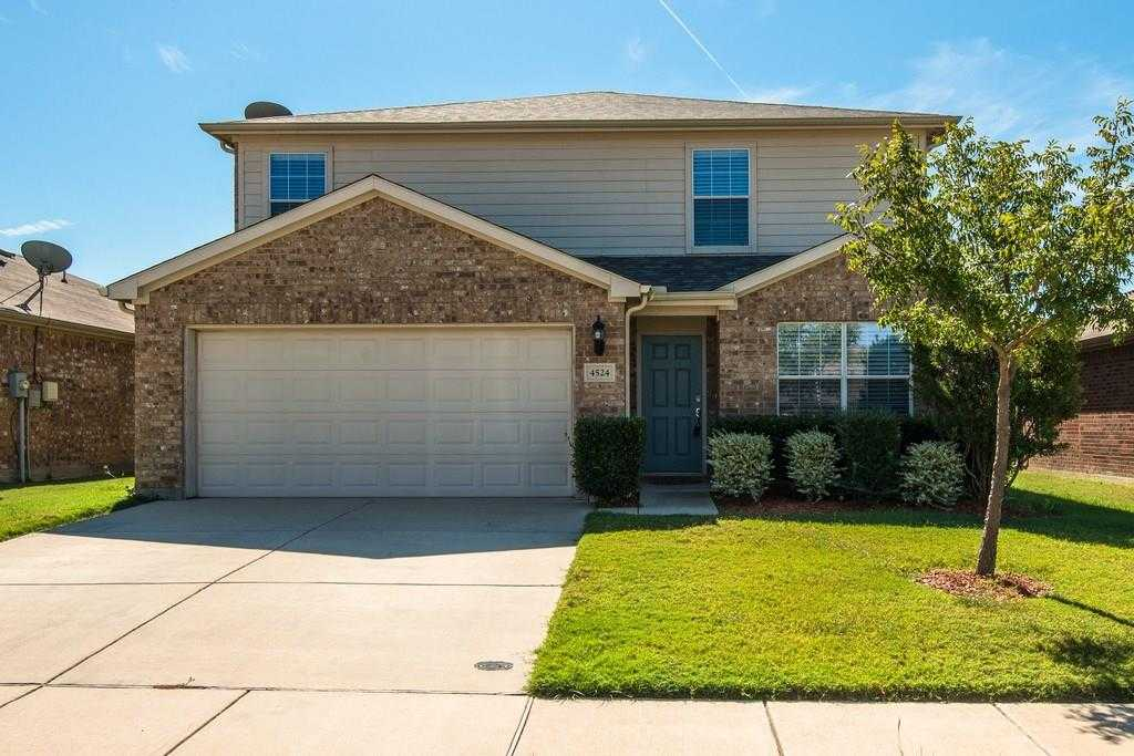 - 4Br/3Ba -  for Sale in Vista Meadows North, Fort Worth