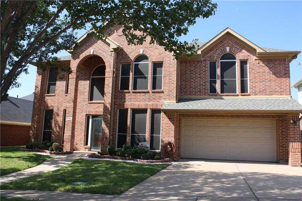 $325,000 - 5Br/3Ba -  for Sale in Parkwood Hill Add, Fort Worth